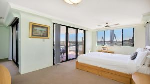 Darling Harbor Apartment - Accommodation Port Macquarie
