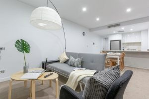 Inner City Stylish apt Walk to Green Square - Accommodation Port Macquarie